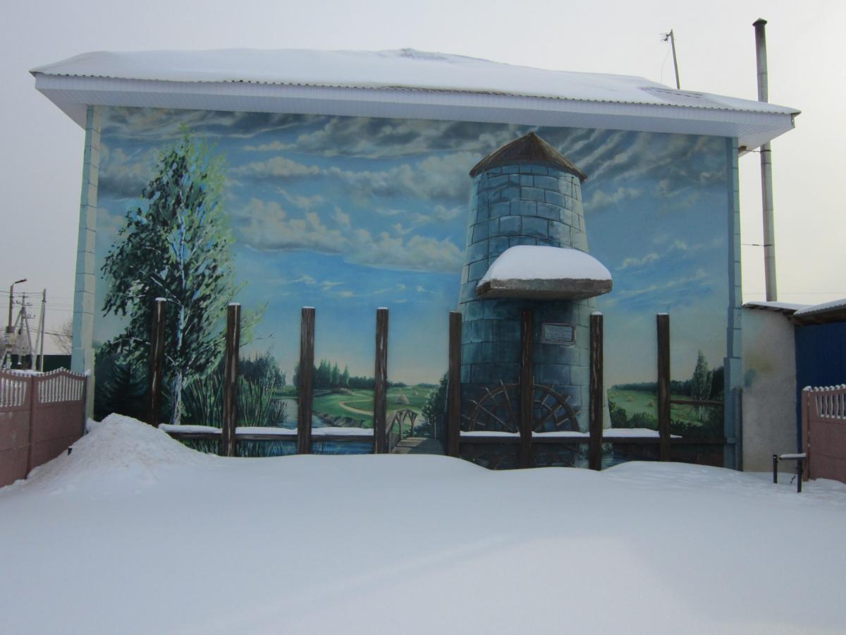 роспись фасада лето зимой
